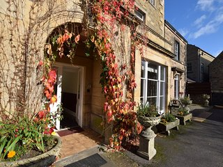 53585 Apartment situated in Bakewell