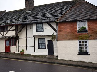 51150 Cottage situated in Steyning