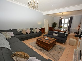 47623 House situated in Beaumaris