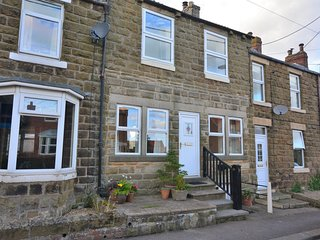 46583 Cottage situated in Danby (3.5mls NW)