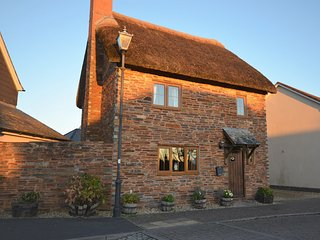 BOWSB Cottage situated in Crediton (7.5mls NW)