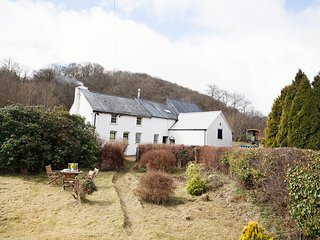 42957 Cottage situated in Brecon (9.5mls NW)