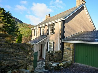 55655 House situated in Betws-y-coed (4.5mls NW)