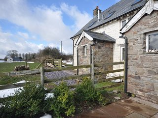 58393 Cottage situated in Brecon (5.5mls NE)