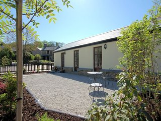 COMWI Barn situated in Looe (4mls NE)