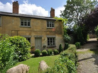 MSCOT Cottage situated in Cheltenham (6.5mls NE)
