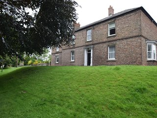 52779 House situated in Catterick