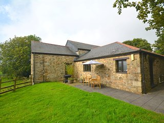 LCARM Barn situated in Fowey (4mls N)