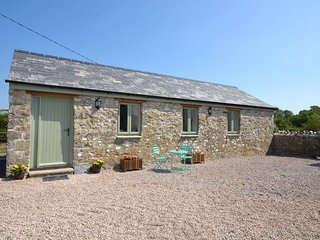 SBTRE Cottage situated in Cowbridge (3mls SW)