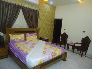 Patel Residency Guest House (Deluxe Double Room) 2