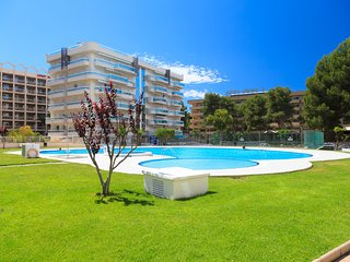 UHC LARIMAR 027: This is really an ideal apartment for your holiday in Salou !!