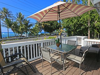 Kahalu'u Beach Cottage