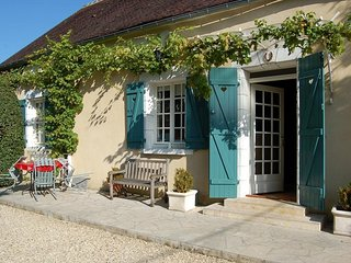 3 bedroom Villa in Le Buisson-Saint-Vrain, Bourgogne-Franche-Comte, France : ref