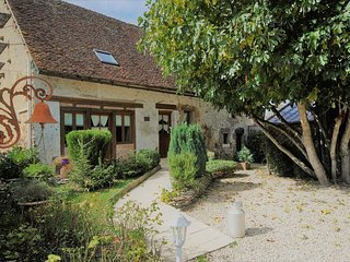 4 bedroom Villa in Les Proux, Bourgogne-Franche-Comte, France : ref 5586209
