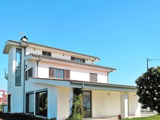 5 bedroom Villa in Portuzelo, Viana do Castelo, Portugal : ref 5585929