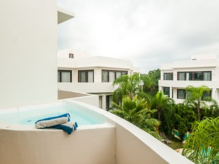 Nude Friendly Resort A302s- Private Jacuzzi Studio - Sexy Villas Tulum