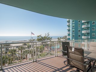 Legacy Towers 2 BR Condo w/ 3 Resort Pools & Great Gulf Views from Balcony