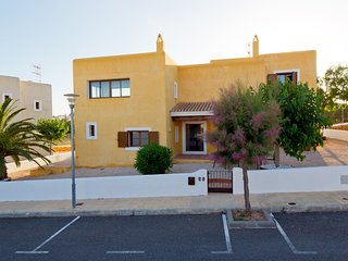 CAN NOVES, 22-28 - 4 suites villa