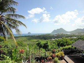 Haut de villa vue panoramique sur le rocher et la baie du Diamant