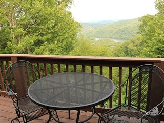 The View - The View ( Great LakeViews Wit - Cabin