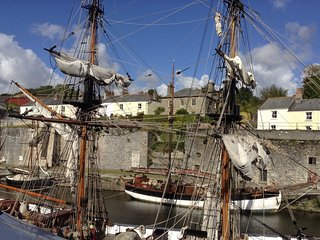 On the Harbour, Charlestown. Quay Courtyard,  perfect holiday location.