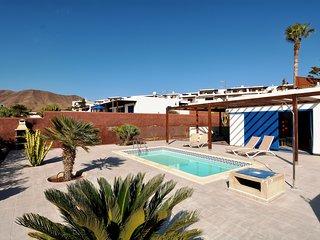 Villa con piscina, al lado de la playa!Ref.237675