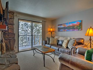 Winter Park Condo w/ Hot Tubs, 3 Mi to Ski Resort!