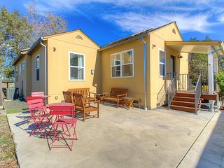 Cheerful home w/ private patio & spacious yard - perfect for wine enthusiasts!