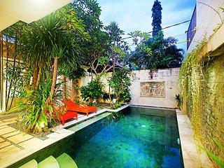 Orange Villa By Bali Villa Rus - GREAT LOCATION IN SEMINYAK