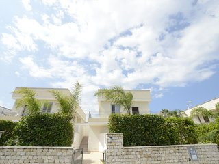 2 bedroom Apartment in Ospedale, Apulia, Italy : ref 5038304