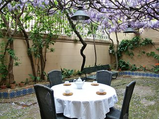 VHomeHolidaysRentals Historic House-Costa Barcelon