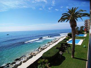 VHomeHolidaysRentals Paradise Beach - Costa Barcel