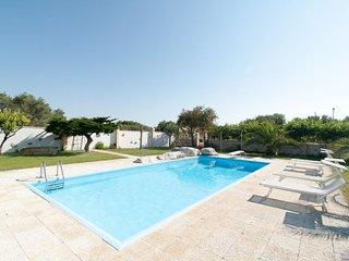2 bedroom Villa in Galugnano, Apulia, Italy : ref 5333399