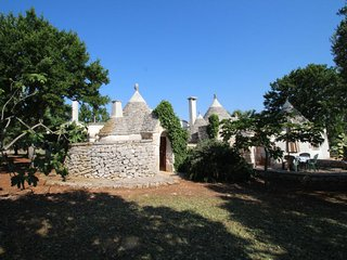 2 bedroom Villa in Ceglie Messapica, Apulia, Italy : ref 5056390