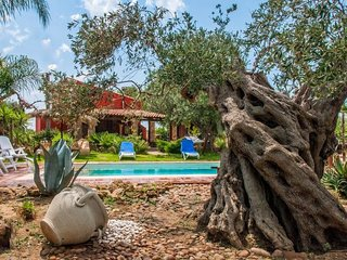 2 bedroom Villa in Menfi, Sicily, Italy : ref 5079316