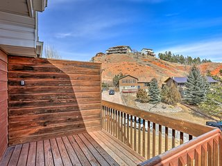 NEW! Rapid City Apt Mins to Black Hills & Rushmore