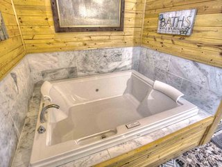 2 Person 6 Ft. Pure Warm Air Jacuzzi