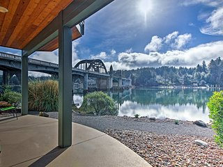 Charming Riverfront Condo in Old Town Florence!