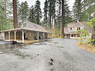 McKenzie River Retreat 4BR w/ Wraparound Porch, Deck & 200' River Frontage