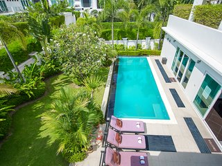 Palm Oasis Deluxe 3 Bed Pool Villa Jomtien beach Pattaya