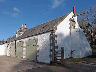 Stables Cottage - 4* Tranquil 2 Bedroom Cottage on Rural Country Estate in Gallo