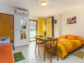 STUDIO MARINA2+1POOL,PARKING,GRILL...5MIN BEACH