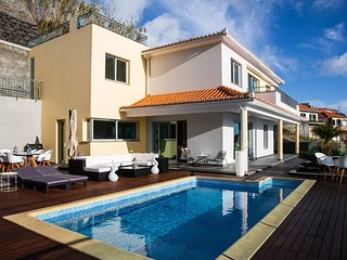 Estrela do Mar - Lovely, Sun Filled Villa
