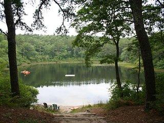Private Cottage on Kinnecum Pond