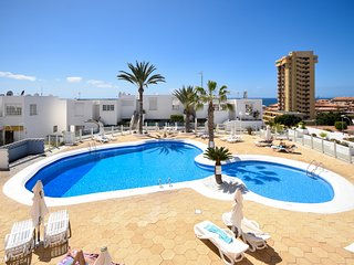 Azahara Playa 39 - One Bed with amazing sea views