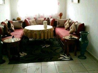 Appartement tres bien meubler et propre dans un endroit securise et calme a fes