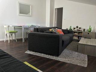 La Rochelle, appartement lumineux et confortable, très bien situé en ville