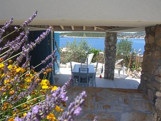 Small Stone 1BR House, Beach, Relax, SEVID, Peace, Chilli :-)