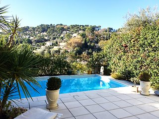 MOUGINS BELLEVUE AP4084