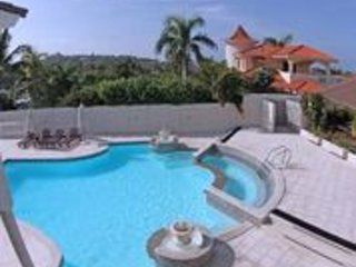 Luxury 6 BR Villa Available in the Beautiful DR!